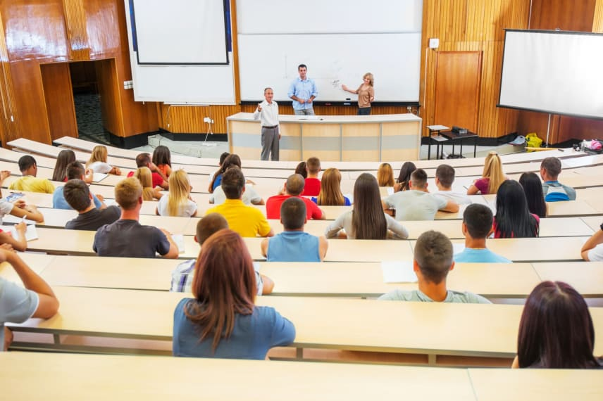 Student Faculty Ratio – Finding the Perfect Class Size