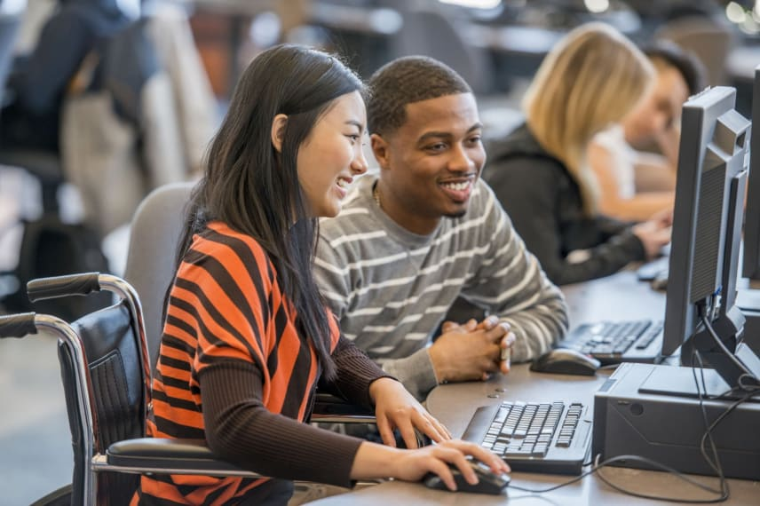 Campus Guide to Internet Safety for College Students & Teens