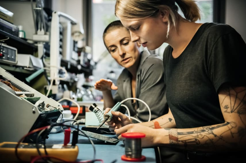 Online Electrical Engineering Degrees 2021