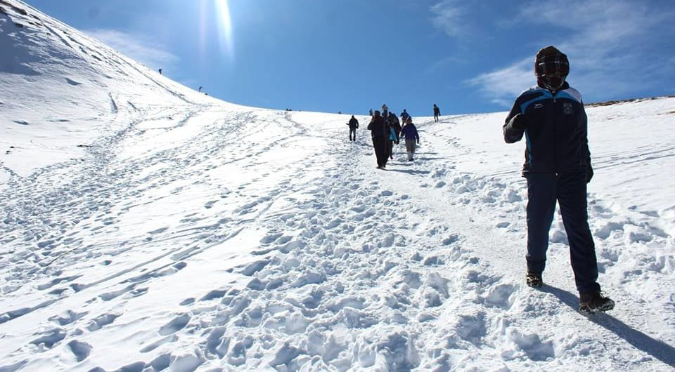 how difficult is kedarkantha trek