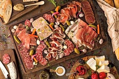 NEW Restaurant Review - Mr & Mrs Fox