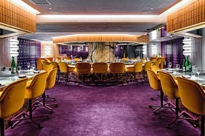 New Restaurant: Crown Super Deluxe