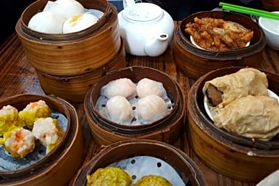 Very Early or Extremely Late Dim Sum at Sun Hing Restaurant