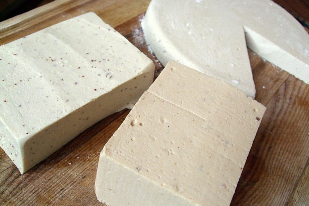 5 Outrageously Delicious Vegan Cheeses