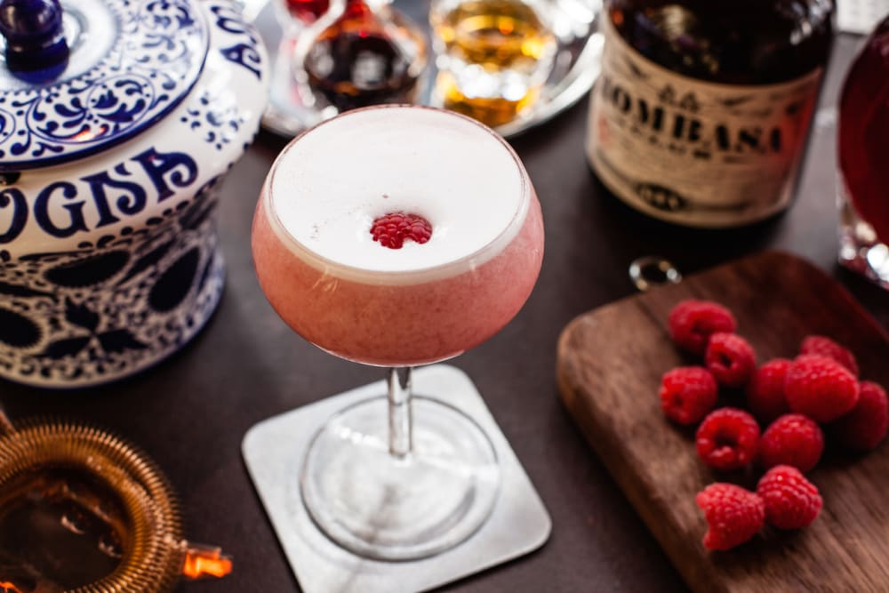 DRINK FOR PINK to Support the Hong Kong Cancer Fund