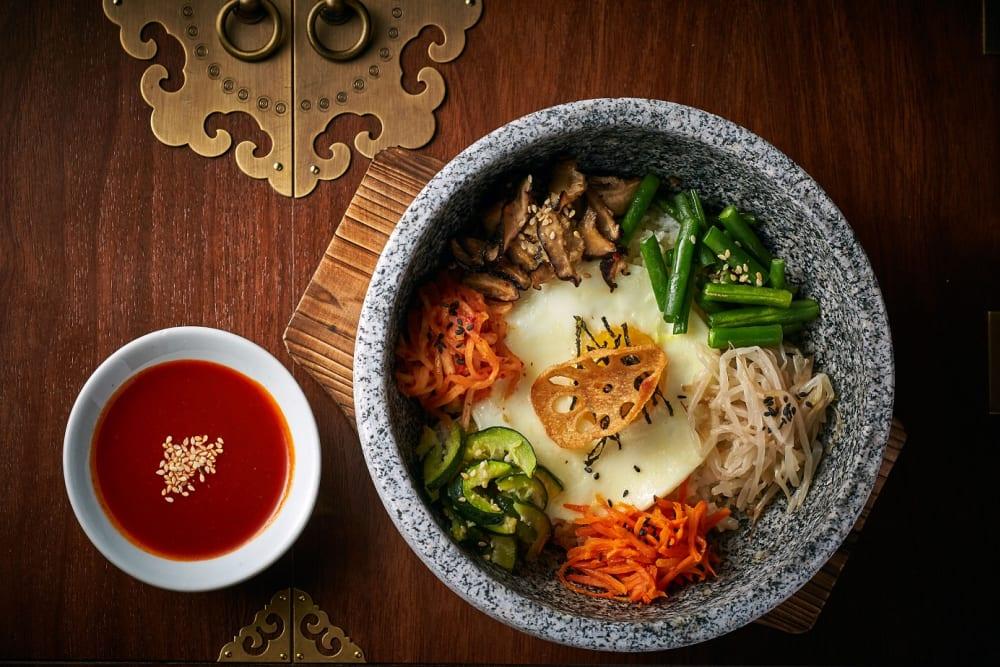 倫敦《米芝蓮》高度評價 <div>新派韓食館Jinjuu進駐蘭桂坊 </div>