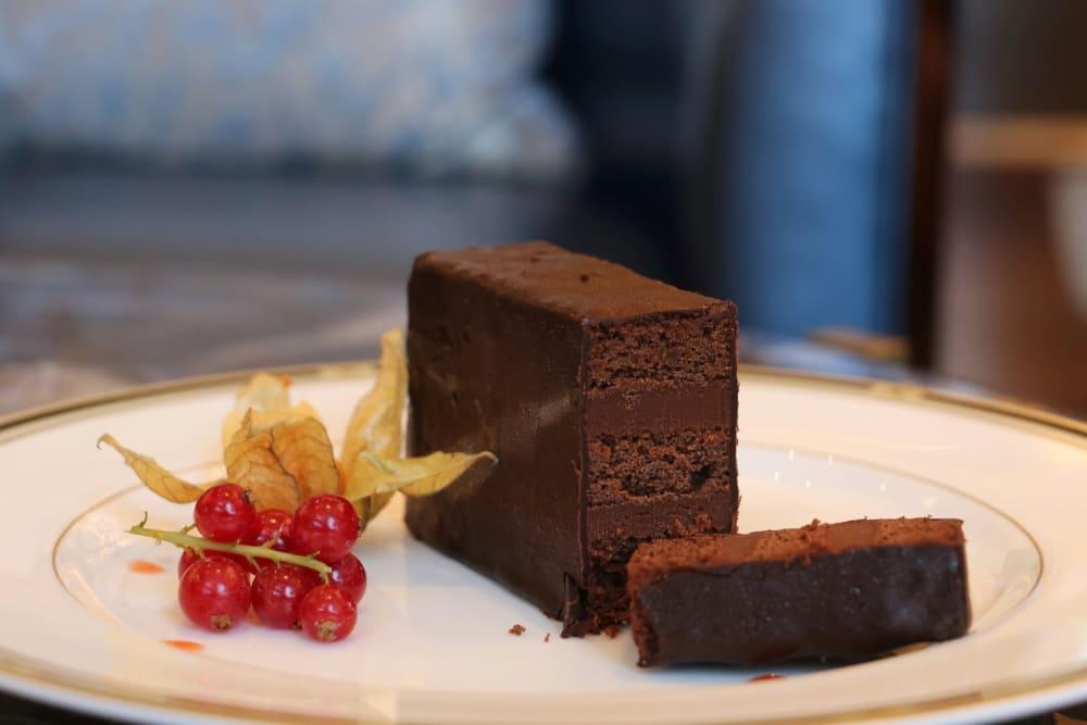 The Ritz Carlton Bar & Lounge Macau: NEW Restaurant Review