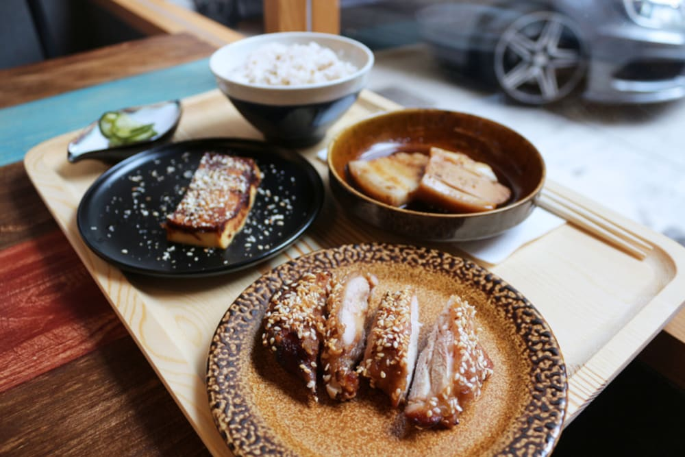 New Restaurant Review: Ruto