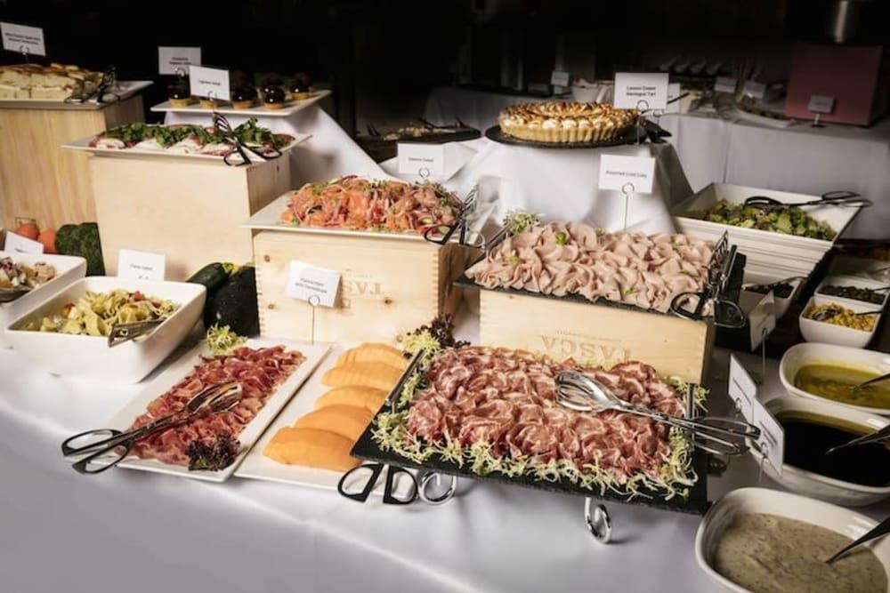 Restaurant Review: Brunch at Operetta