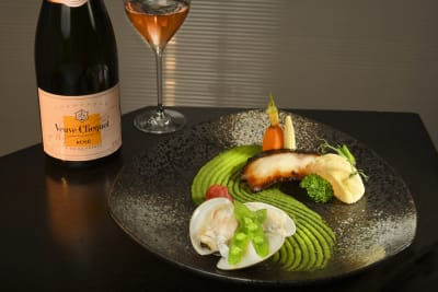 An Exclusive with Brand Ambassador for Veuve Clicquot