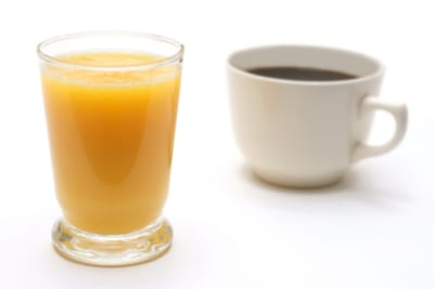 Juice or Tea Detoxing; That's the Question
