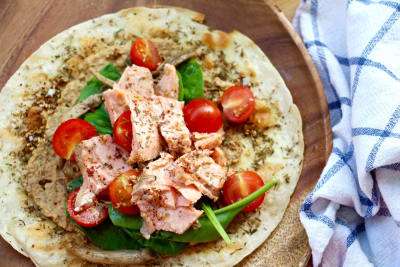 How to Make Salmon Za'atar Flatbread