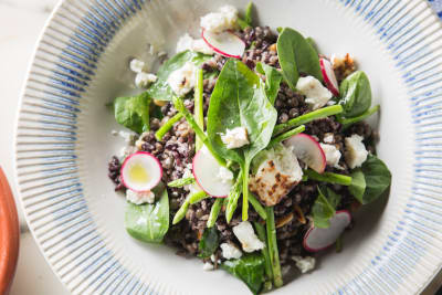 Recipe: Jamie Oliver's Super Food Spinach Salad