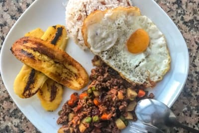 Recipe Video: Arroz Cubano