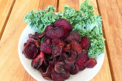 Recipe: Quick Detox Beetroot Crisps