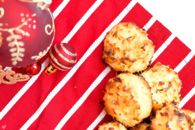 12 Days of Christmas Cookies: Coconut Custard Macaroons