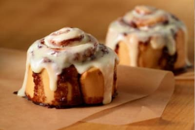 How Cinnabon Rolled into Hong Kong