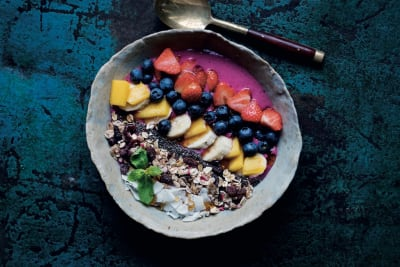 The Midlife Kitchen: Bali Beach Smoothie Bowl