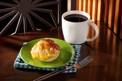 Starbucks Celebrates 20 Years in Hong Kong