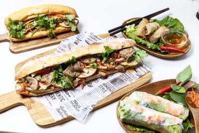 Vietnamese Street Food at Saigon Etoile