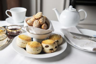 Top Afternoon Teas in Hong Kong: The Ultimate List