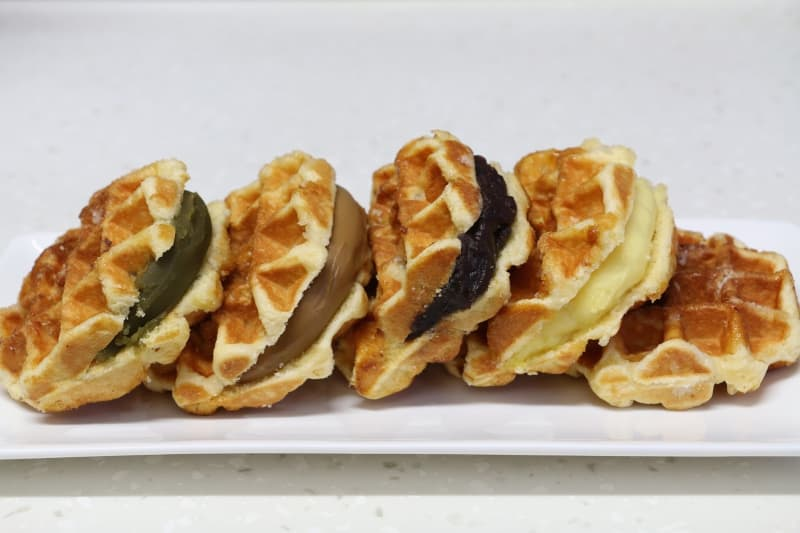 Japanese Warabimochi, Dango and Liege Waffles