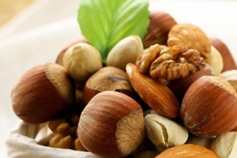 Go Nuts! The Benefits of Eating Nuts