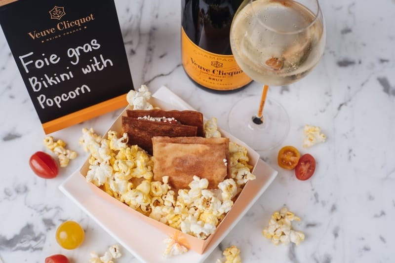 Introducing #YellowHour with Veuve Clicquot