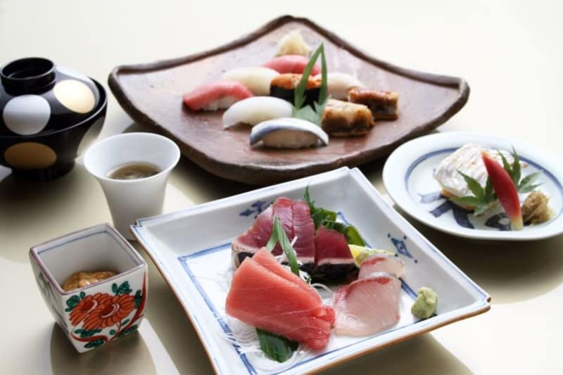 Ginza Kyubey Omakase Pop-up at The Ritz