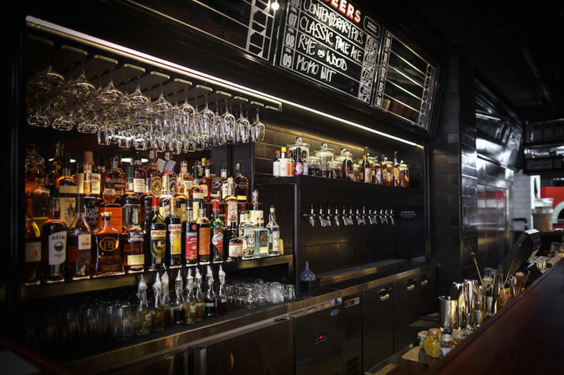 New Restaurant Review: Alvy's