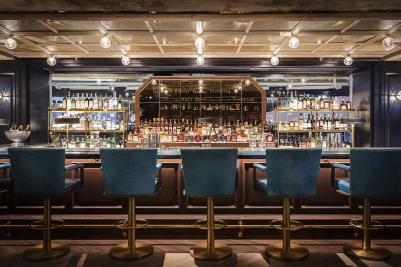 New Bar Review: J's Bar Bistro