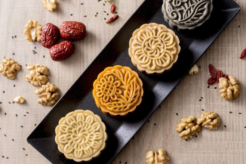 8 Modernised Mooncakes You Should Try
