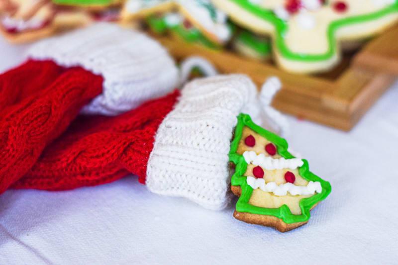 12 Days of Christmas Cookies: Edible Buntings