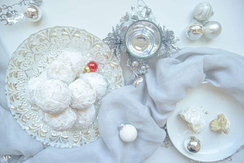12 Days of Christmas Cookies: Snowballs