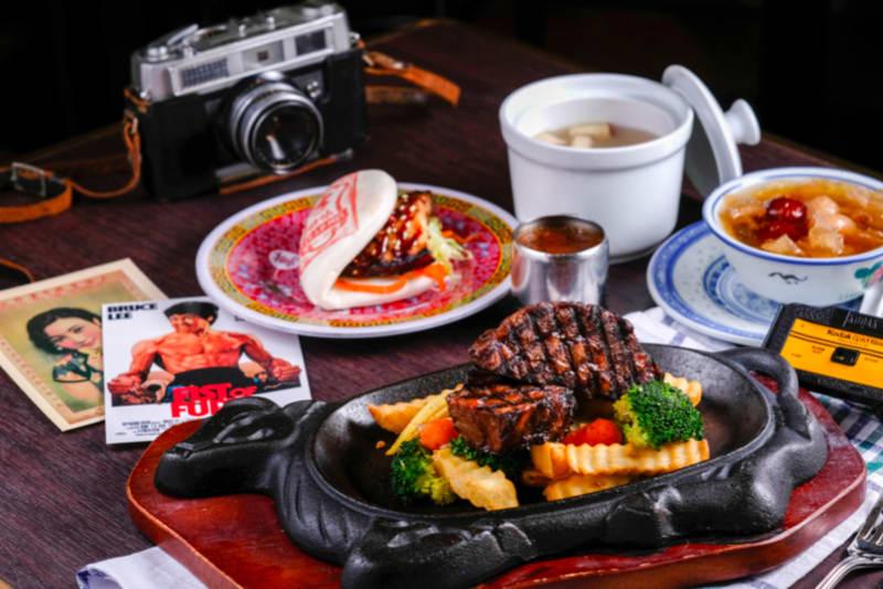The Great Lunch Escape: LEE Lo Mei