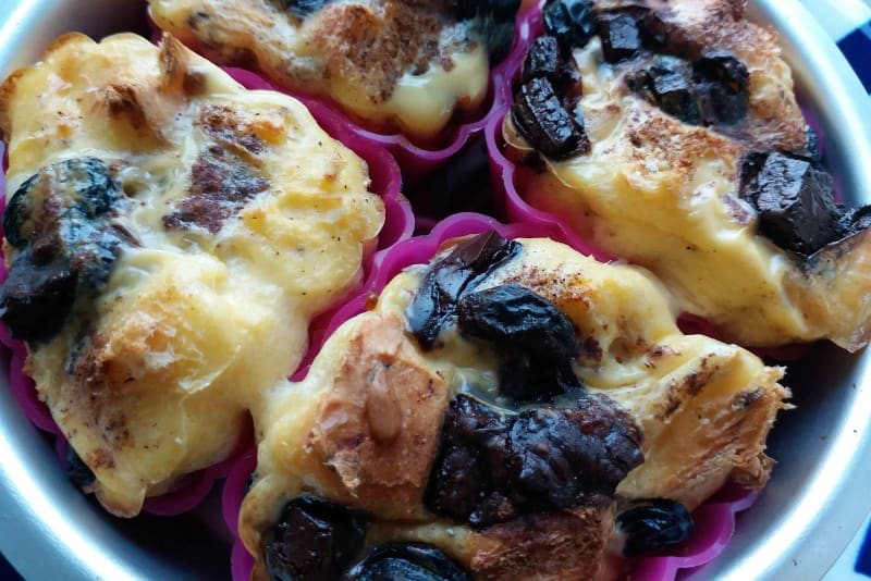 Comforting Cakes Recipe: Mini Bread and Butter Puddings