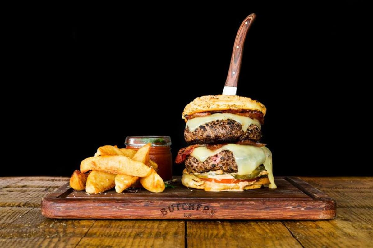 Three New Burger Restaurants to Try in Central
