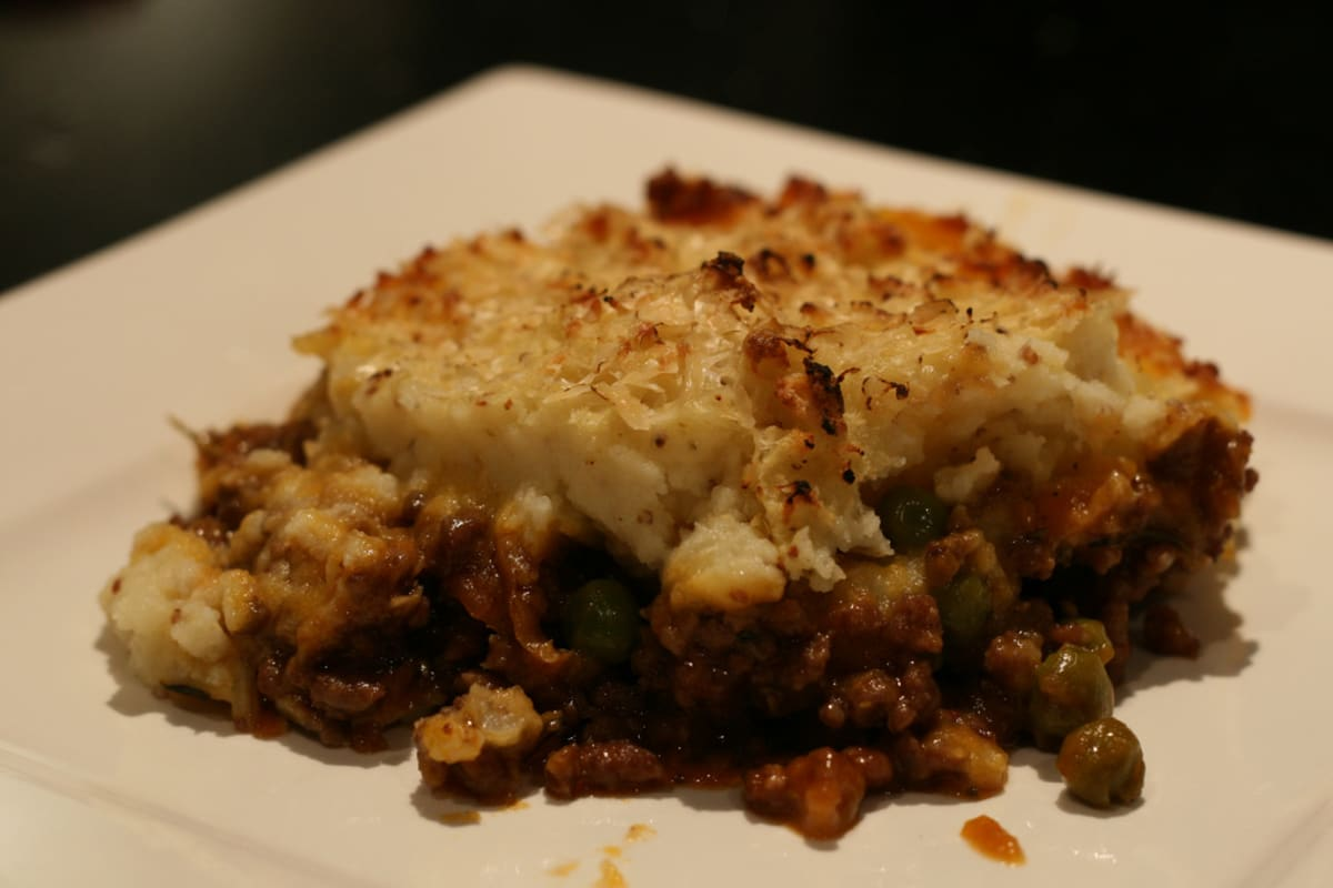 Shepherds Pie with a Cauliflower Topping