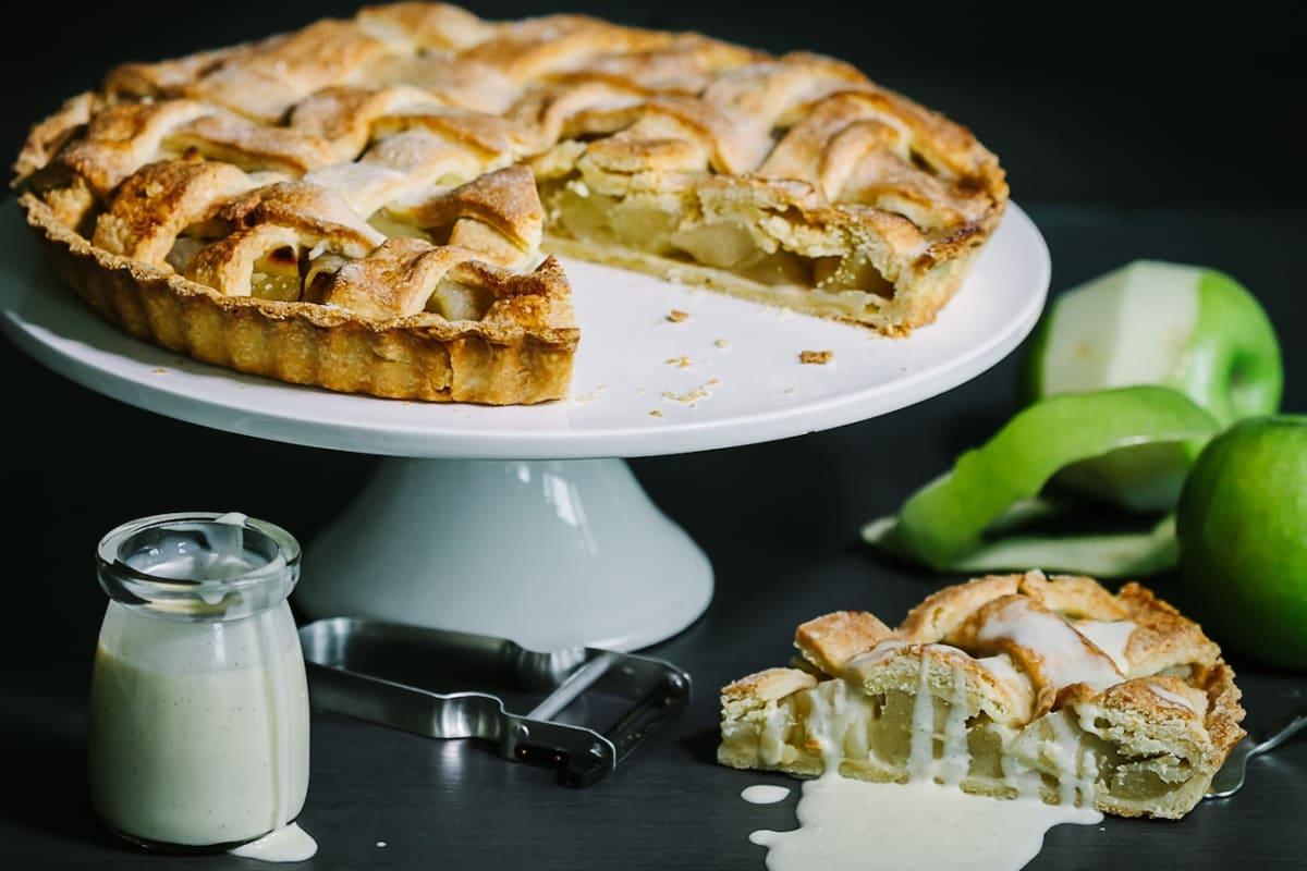 Apple Pie and Vanilla Custard Recipe