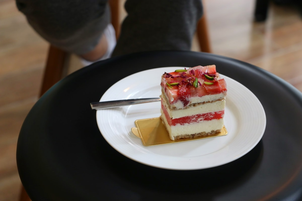LIFETASTIC: New Cafe Review