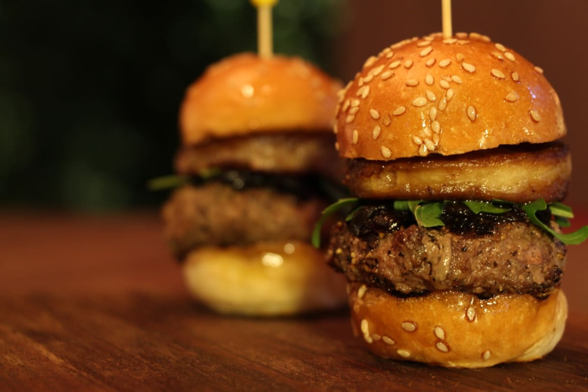 10 Restaurants and Bars with Great Deals in Central