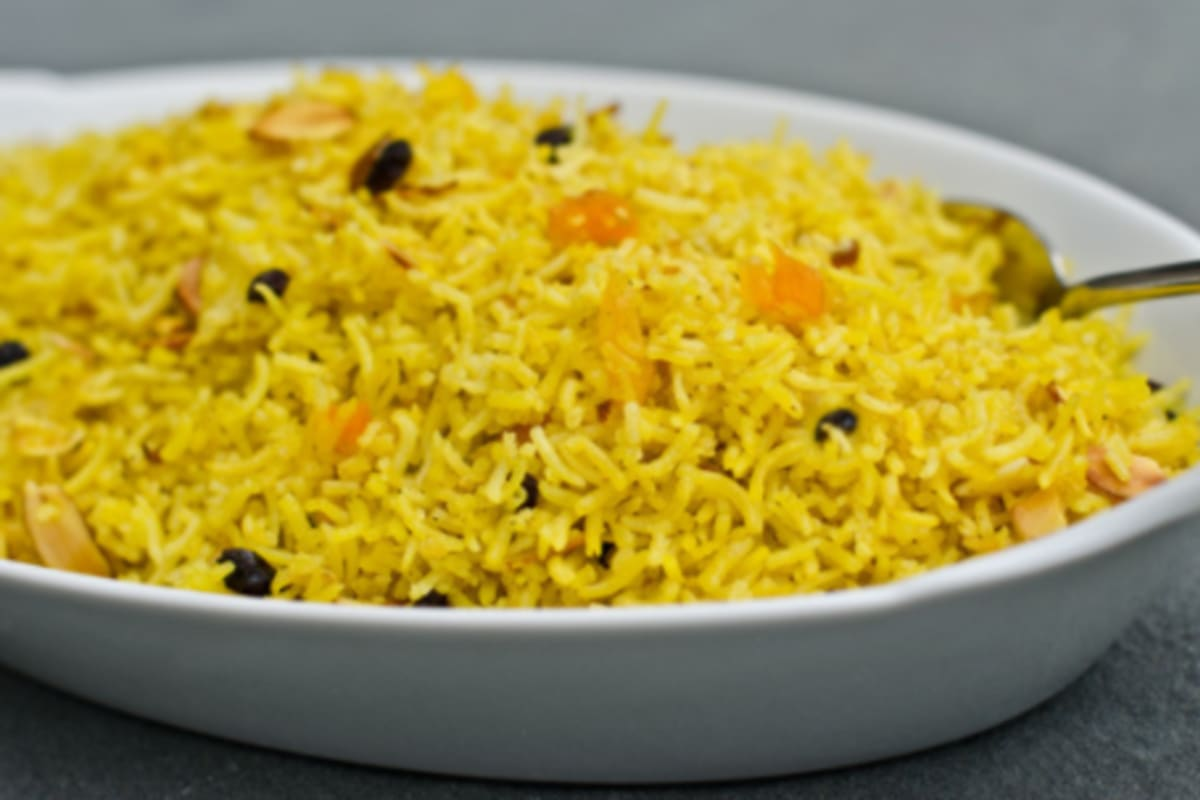 Recipe: Fried Rice with Dried Fruits and Nuts