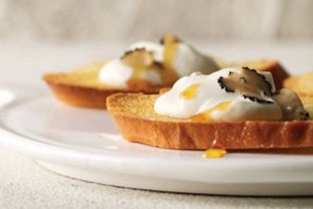 Recipe: Whipped Ricotta with Honey and Truffle Carpaccio on Crostini