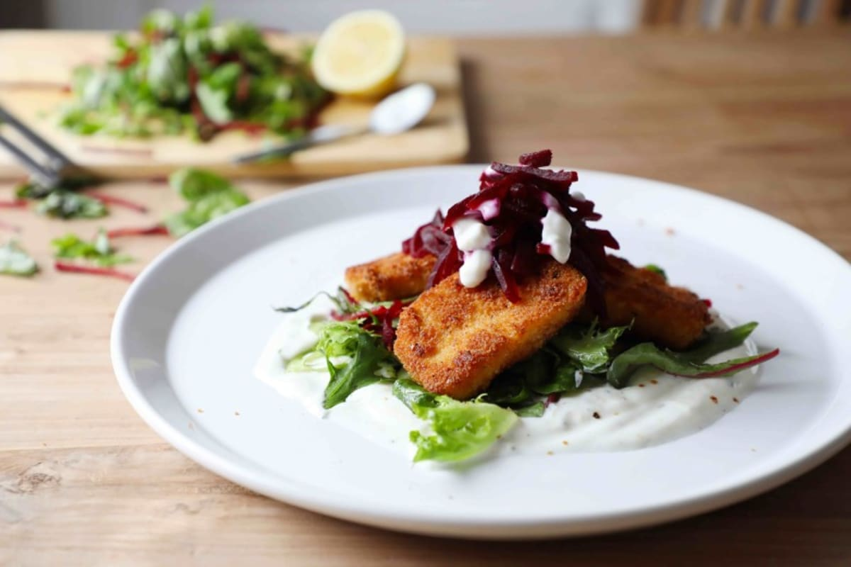 Recipe: Halloumi & Beetroot Salad