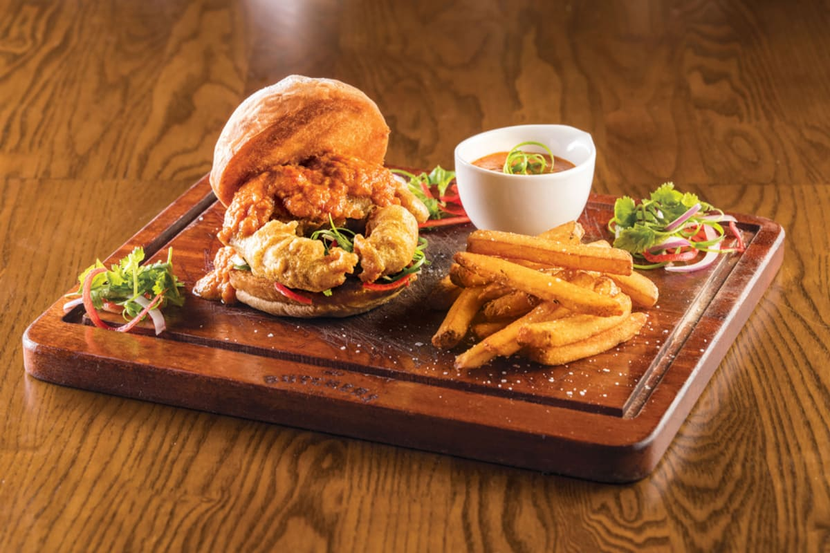 WATCH: This Limited-Edition Singaporean Chilli Crab Burger Will Make You Say Shiok!