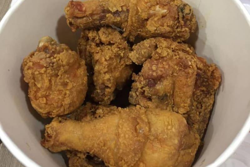 Fast Food Restaurant Review: Jollibee