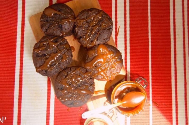 Recipe: Peanut Butter Chocolate Chip Salted Caramel Cupcakes