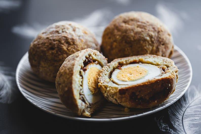 Baked Egg Buns