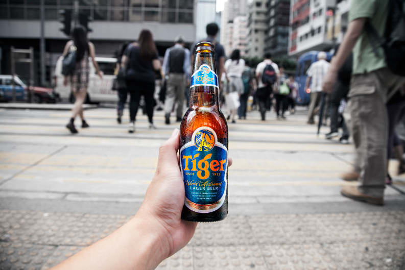 Tiger Beer Takes a Pounce on the Streets of Hong Kong