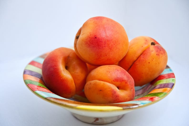 Are Apricot Kernels a Cancer Fighting Superfood or Dangerously Toxic?